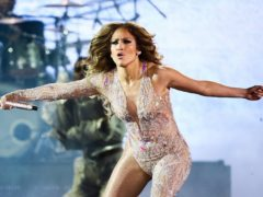 """""""Уровень – богиня"""": Дженнифер Лопес так зажгла на концерте в Москве, что на ней лопнул эффектный костюм"""