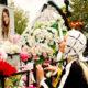 Светская львица Алена Кравец перед пластической операцией бросилась за помощью к могиле Началовой