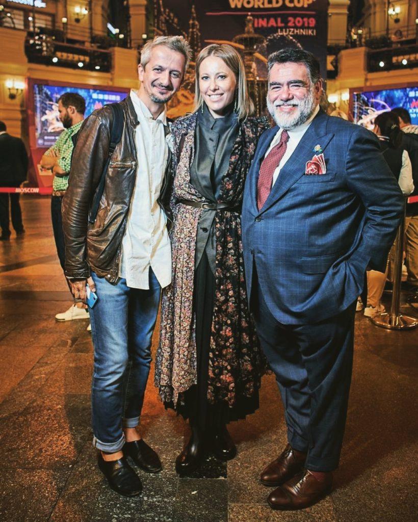 Застолье в 12 миллионов и 300 гостей: пышная свадьба беременной Ксении Собчак и Константина Богомолова