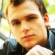 «Нам действительно нелегко»: в Сети появились первые фотографии актера Алексея Янина после инсульта и комы