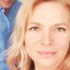 Певица Виктория Макарская пожаловалась, что ее муж всего на три года моложе, а выглядит как старшеклассник