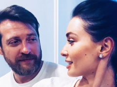 Роскошная израильская свадьба: артист Кирилл Сафонов наконец-то выдал 25-летнюю дочь замуж за ирландца