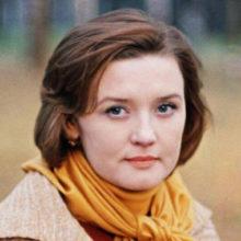 Фотографии актрисы Веры Алентовой с изуродованным после неудачной пластики лицом испугали поклонников