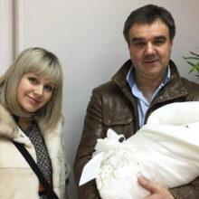 45-летнюю певицу Натали поздравили с четвертой беременностью: звезда показала красноречивые снимки
