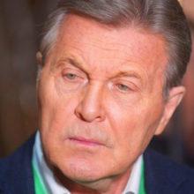 Благородный Лещенко заступился за невежду-певицу: после конфуза смущенная Ольга Бузова сбежала со сцены
