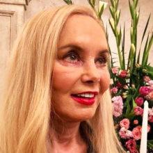 Вдова Иосифа Кобзона намерена признать банкротом картежника, который задолжал певцу 25 миллионов долларов