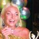 Праздник в караоке-клубе: хмельная Волочкова с шиком отметила день рождения и рассказала о скорой свадьбе