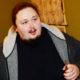 Сын Никаса Сафронова снова попал в беду: застрявший в унитазе 242-килограммовый пианист обратился к медикам