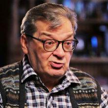 Верит в слова ясновидящей: больной раком Александр Беляев наотрез отказался пить обезболивающие препараты