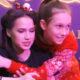 """""""Королевы катка"""" так себя не ведут: Алина Загитова грубо одернула девочку, пытавшуюся ее обнять во время автограф-сессии"""