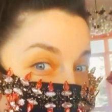 Красота против коронавируса: Наташа Королева показалась в защитной маске со стразами за 350 тысяч рублей