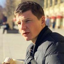 """Аршавин вышел на прогулку с новой пассией во время карантина: адвокат Барановской назвал его """"чемпионом по косякам"""""""