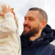 """""""У нас снова праздник"""": солист группы """"УмаТурман"""" стал отцом в шестой раз и показал фото новорожденной дочери"""