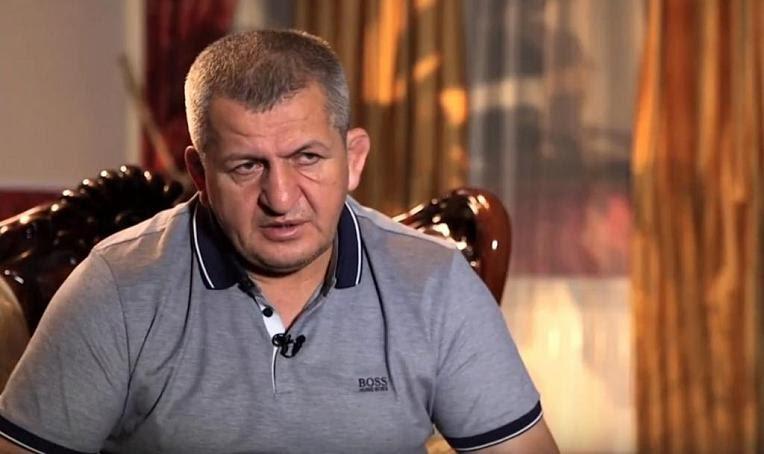 Хабиб Нурмагомедов призвал молиться за здоровье отца, состояние очень тяжелое, не может дышать самостоятельно