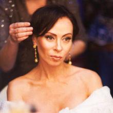 Страдающая неизлечимым заболеванием Хлебникова впервые появилась на публике в роскошном платье назло хейтерам