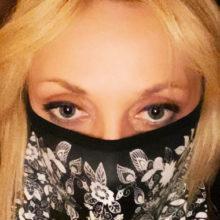 Хейтеры обвинили Кристину Орбакайте в желании заработать на пропаганде использования защитных масок