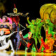 В Цирке Дю Солей уволили почти всех сотрудников, а артисты шапито теперь подрабатывают извозом