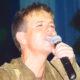 Первое выступление Андрея Губина после болезни: музыкант спел песню Леонида Агутина «На сиреневой луне»