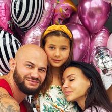 Оксана Самойлова появилась на детском празднике в эффектном костюме Чудо-женщины и покорила всех