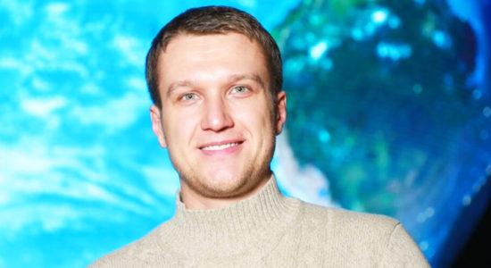 «Везу любимую тещу на кладбище»: черный юмор Анатолия Руденко удивил его фанатов и заставил шутить