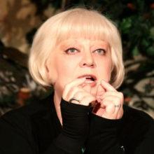 Впервые за 40 лет актриса Светлана Крючкова выйдет на сцену МХАТа в постановках, приуроченных к ее юбилею